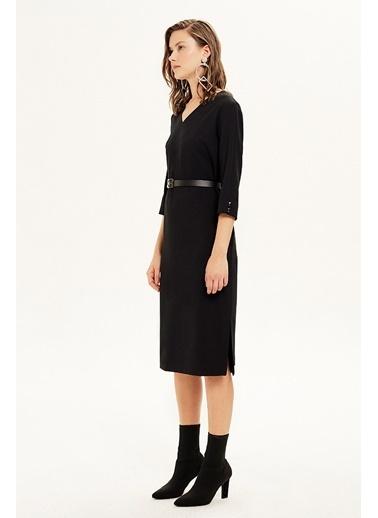NaraMaxx NaraMaxx 20K111121145001 Kol Detaylı Yarım Kol Kemerli Kadın Elbise Siyah